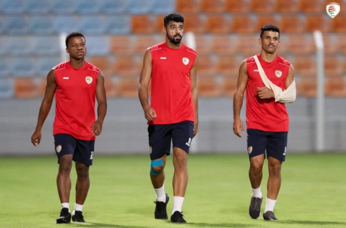 [Trực tiếp Vòng loại World Cup] Oman 2-1 Việt Nam (H2): Tiến Linh mở tỷ số dễ như ăn cháo nhưng niềm vui ngắn chẳng tày gang! - Ảnh 19.
