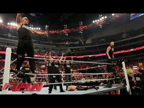 """Những đô vật bị """"đì"""" ở WWE - Ảnh 2."""