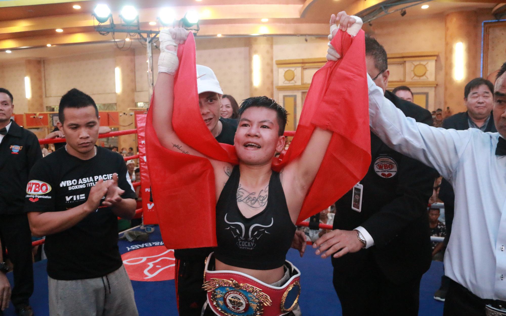 Nguyễn Thị Thu Nhi và hành trình kỳ diệu từ cô gái bán vé tới ứng viên tranh đai thế giới