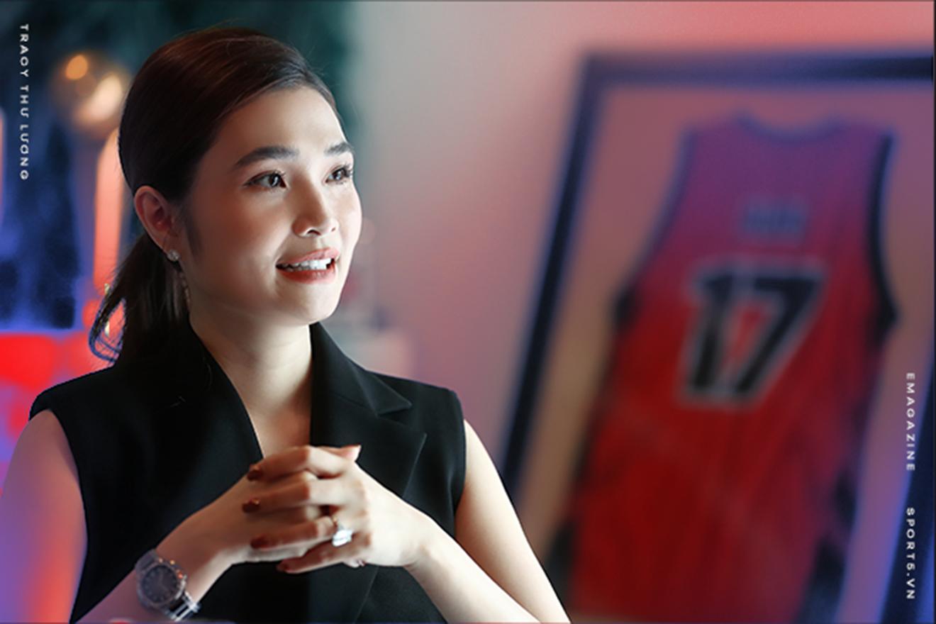 """""""Bông hồng gai"""" Tracy Thư Lương, người đứng sau đội bóng """"Nhà giàu ồn ào"""" - Ảnh 4."""