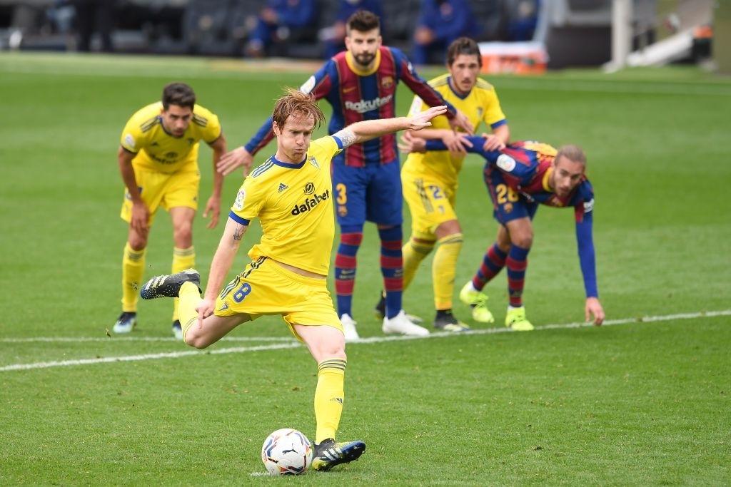 Sau trận thua tan nát ở Champions League, Barca lại ôm hận trước tân binh dù Messi ghi bàn - ảnh 10
