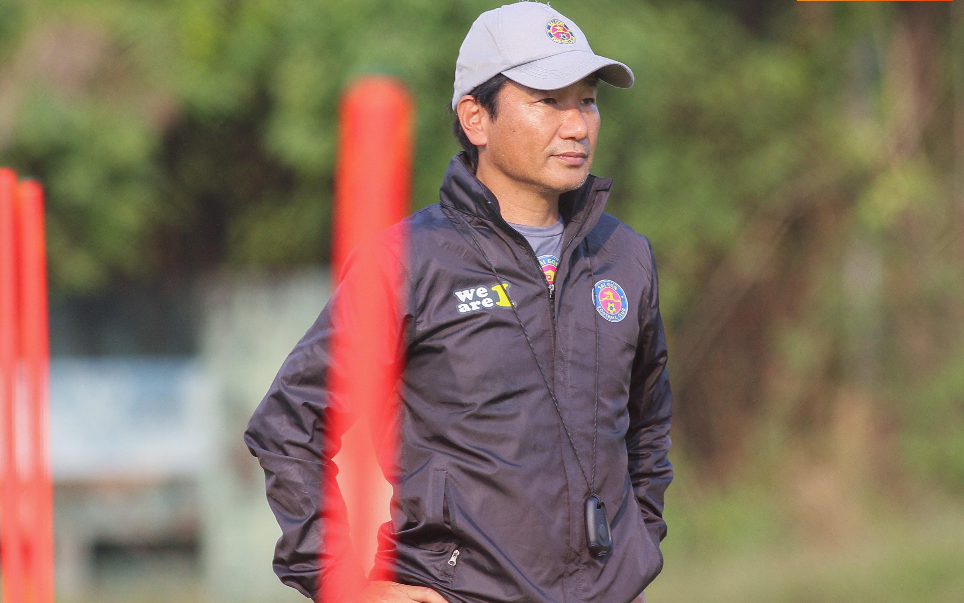 Chân dung HLV mới của Sài Gòn FC: Giải nghệ ở tuổi 27, từng được đào tạo ở Brazil