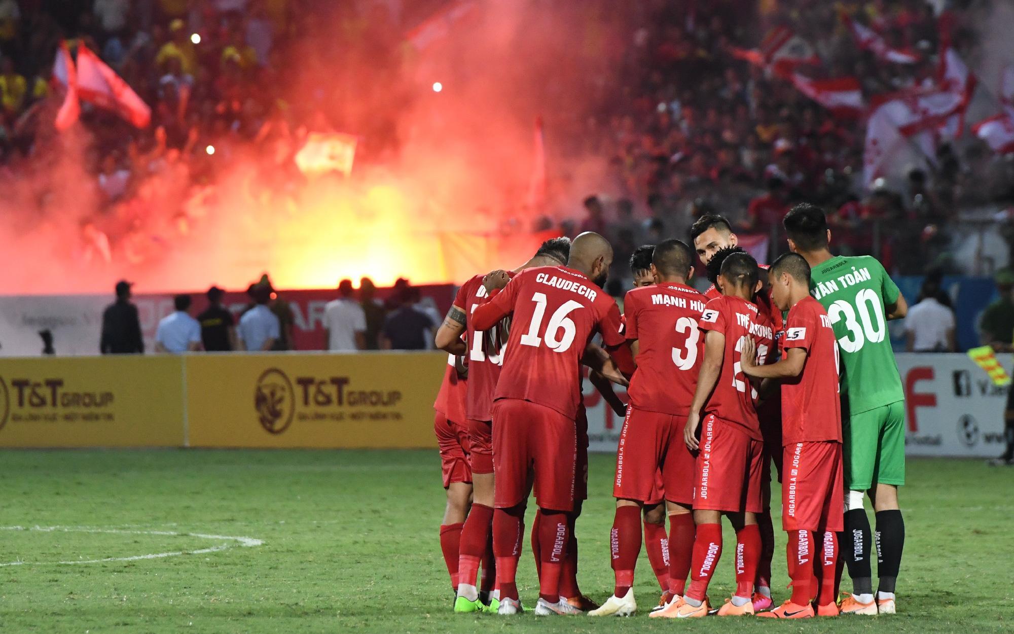 """Lịch thi đấu V.League 2021 ngày """"comeback"""" cực mạnh: Tâm điểm Hải Phòng vs Hà Nội FC"""