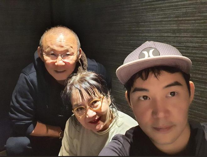HLV Park Hang-seo bỏ thói quen uống rượu khi sang Việt Nam làm việc - Ảnh 2.