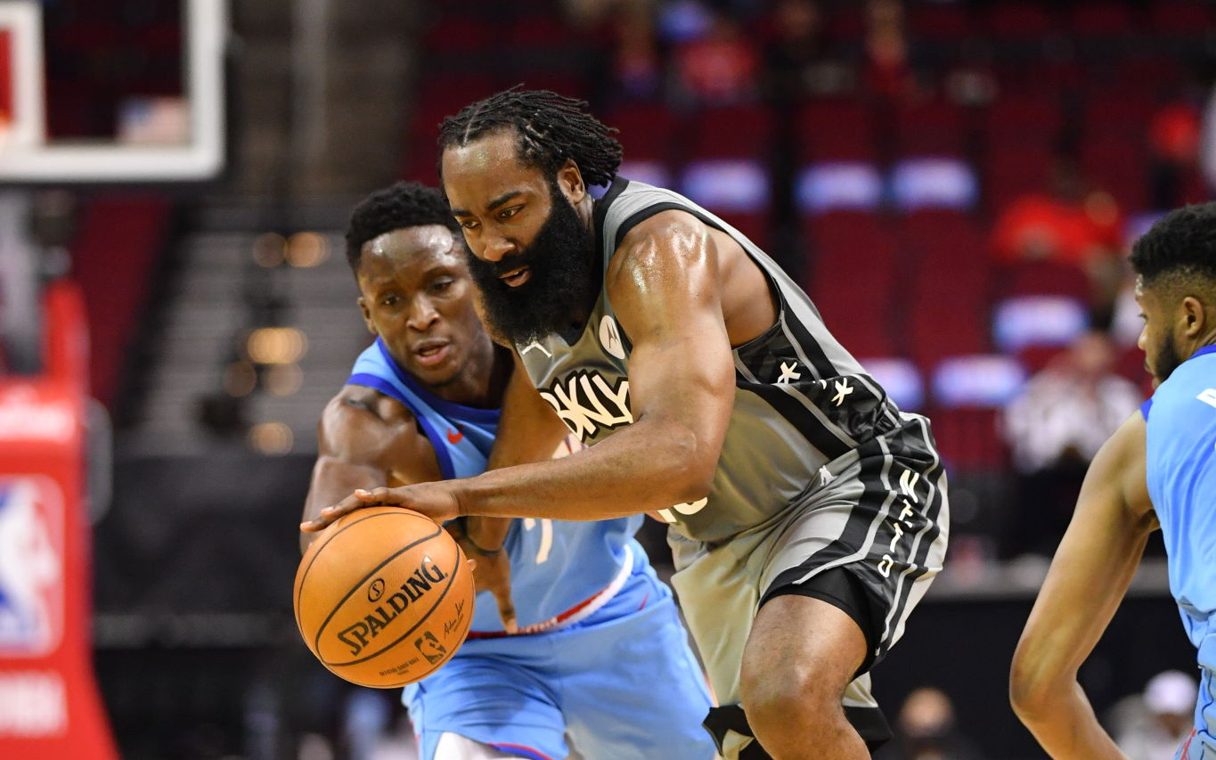 James Harden ghi triple-double, hủy diệt Houston Rockets trong ngày trở về