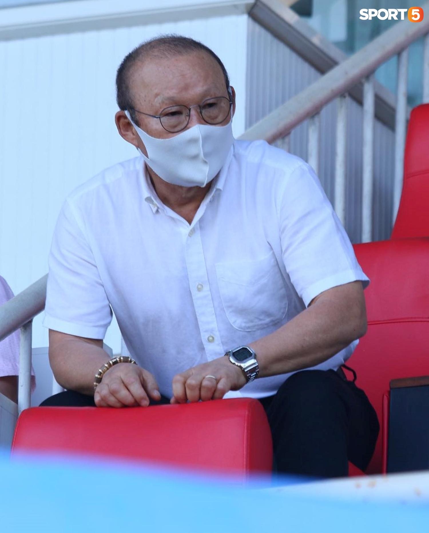 Công Phượng, Minh Vương rủ nhau lập siêu phẩm dập tắt Nam Định FC - ảnh 11