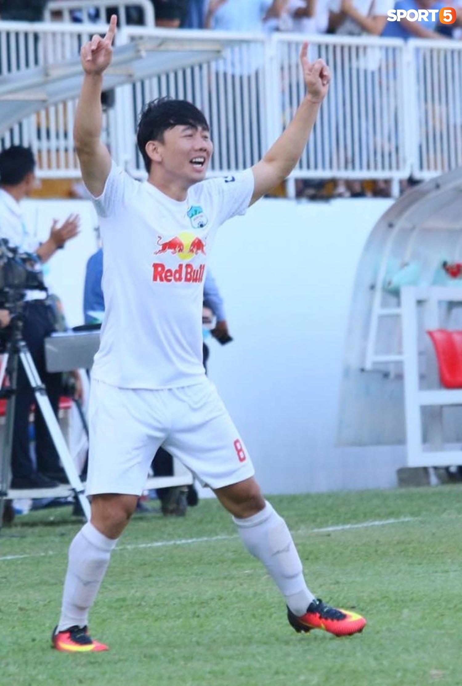 Công Phượng, Minh Vương rủ nhau lập siêu phẩm dập tắt Nam Định FC - ảnh 5