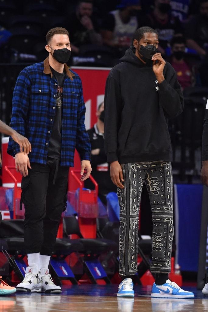 BLV nổi tiếng ESPN nổi đóa với Brooklyn Nets, cho rằng duy nhất LeBron James xứng đáng nghỉ ngơi - Ảnh 3.