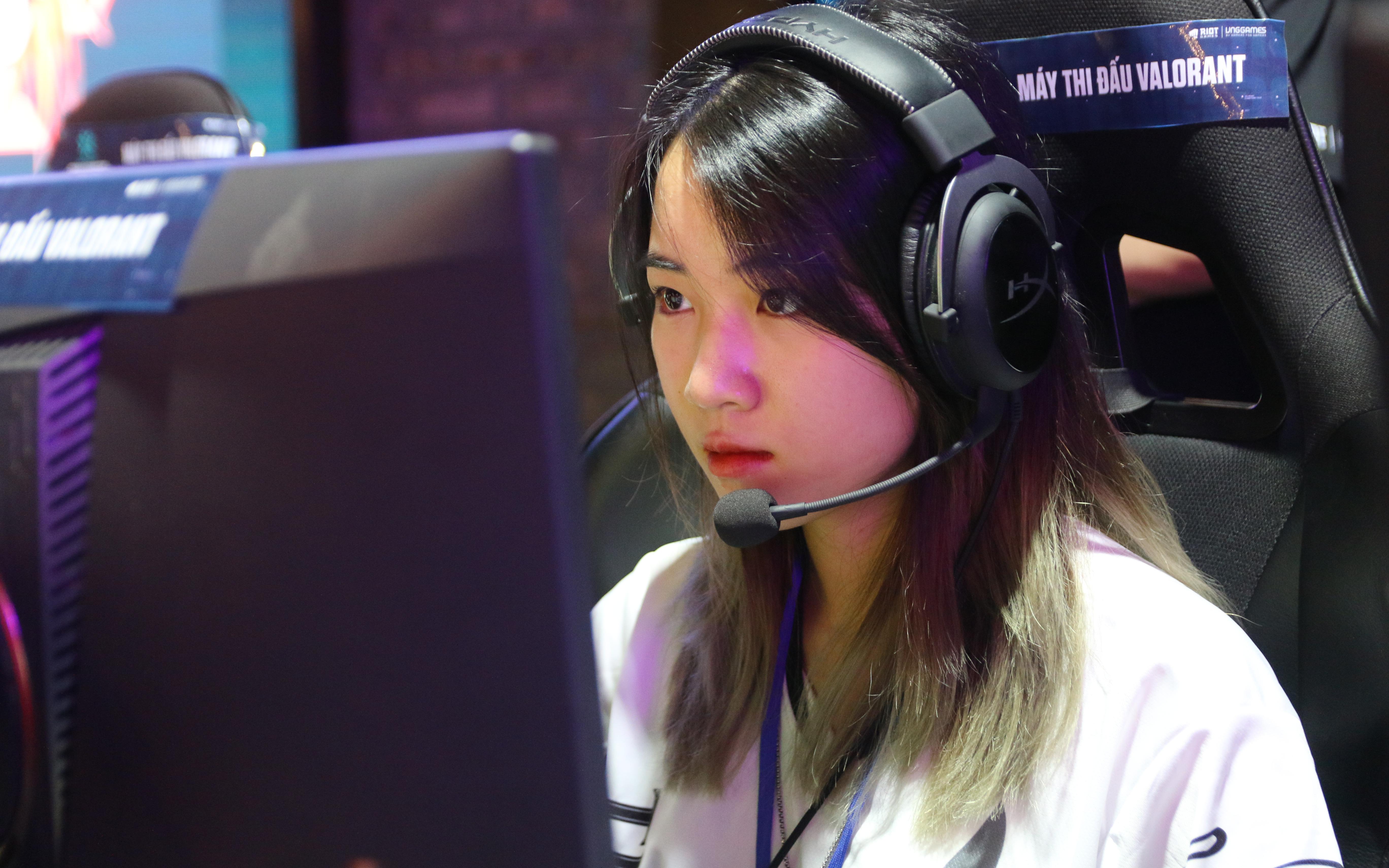 5 cô gái duy nhất tại giải VALORANT thất bại trong trận mở màn vòng chung kết VCT Stage 2 Challenger Việt Nam