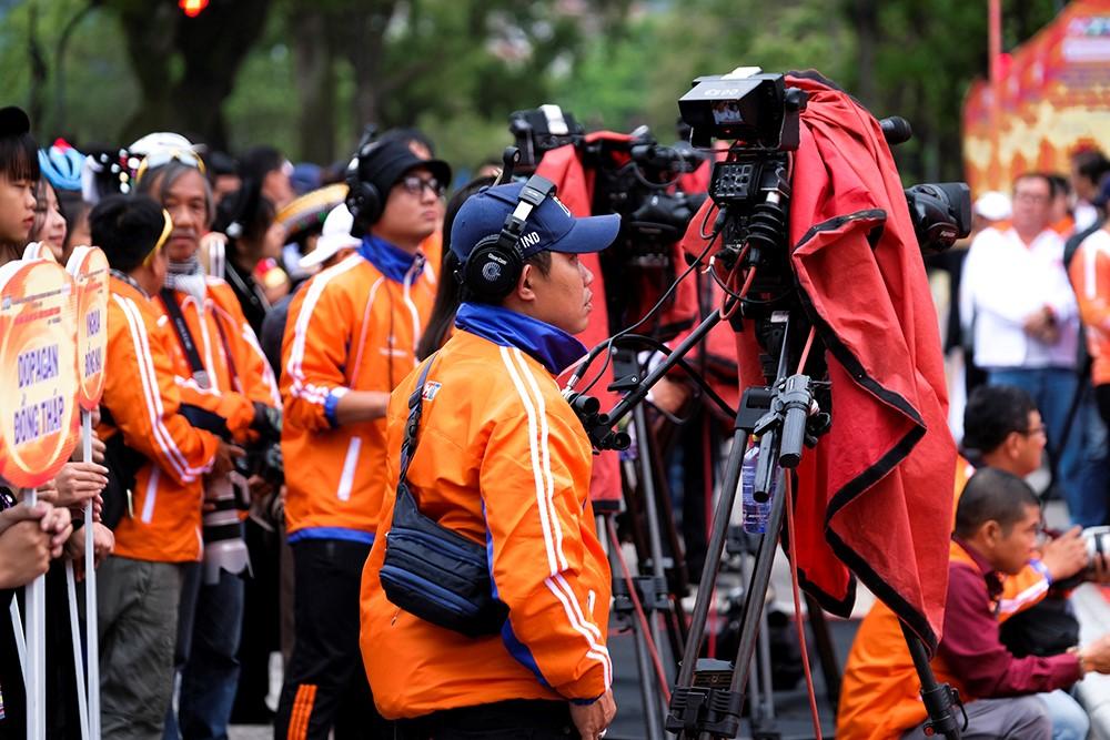 Những hình ảnh tác nghiệp ấn tượng trên tuyến đường dài 2.450km tại Cúp Truyền hình TP. Hồ Chí Minh - ảnh 13