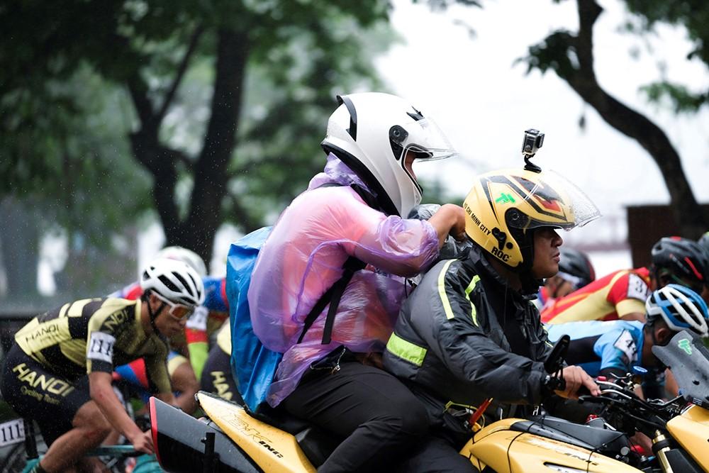 Những hình ảnh tác nghiệp ấn tượng trên tuyến đường dài 2.450km tại Cúp Truyền hình TP. Hồ Chí Minh - ảnh 17