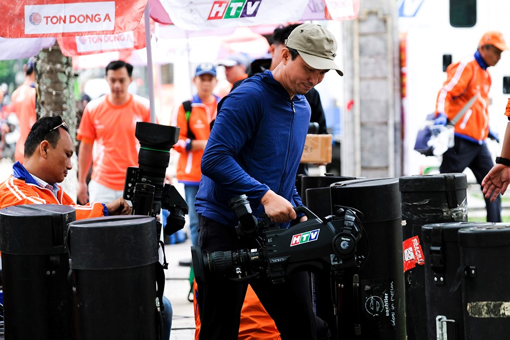 Những hình ảnh tác nghiệp ấn tượng trên tuyến đường dài 2.450km tại Cúp Truyền hình TP. Hồ Chí Minh - ảnh 7
