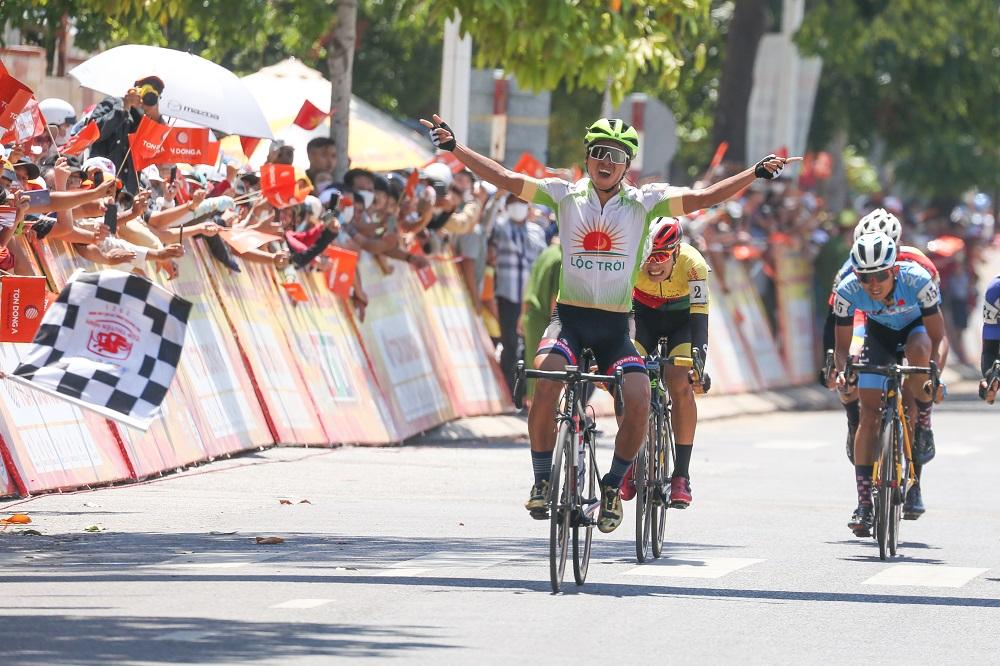 Vượt qua nỗi sợ hãi, Nguyễn Huỳnh Đăng Khoa giành chiến thắng ý nghĩa - Ảnh 3.