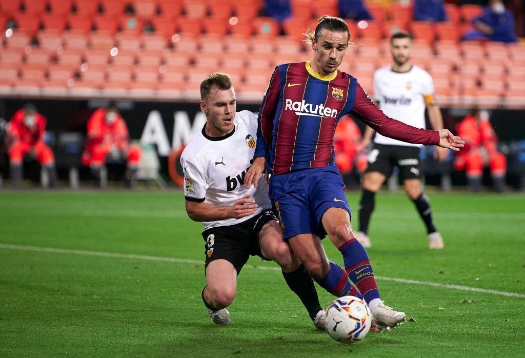 Barcelona thắng ngược kính tính trước Valencia để trở lại đường đua vô địch La Liga - ảnh 7