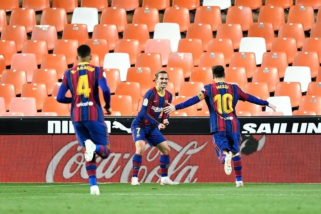 Barcelona thắng ngược kính tính trước Valencia để trở lại đường đua vô địch La Liga - ảnh 8
