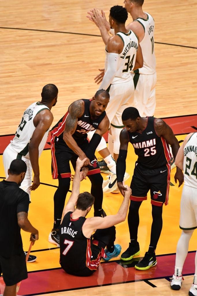 Tyler Herro và hình ảnh của một Miami Heat đầy tủi hổ mùa NBA Playoffs - Ảnh 4.