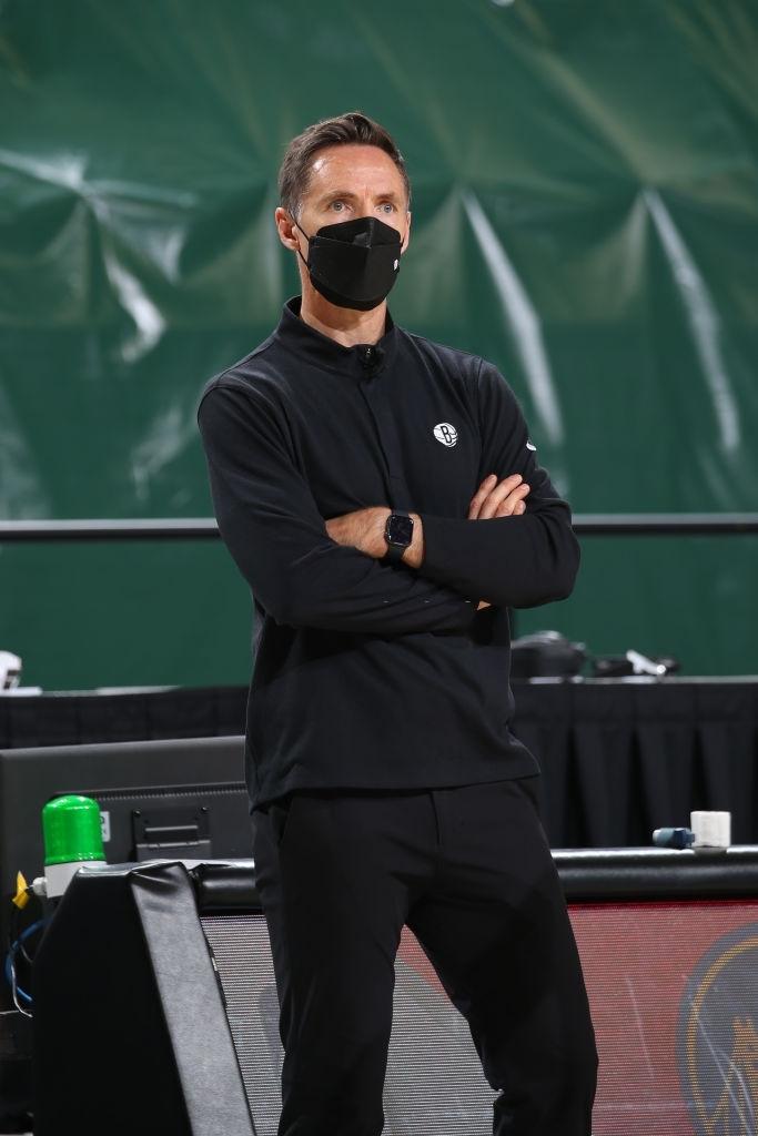 Steve Nash không hề ấn tượng bởi Giannis Antetokounmpo bất chấp màn toả sáng của mình - Ảnh 1.