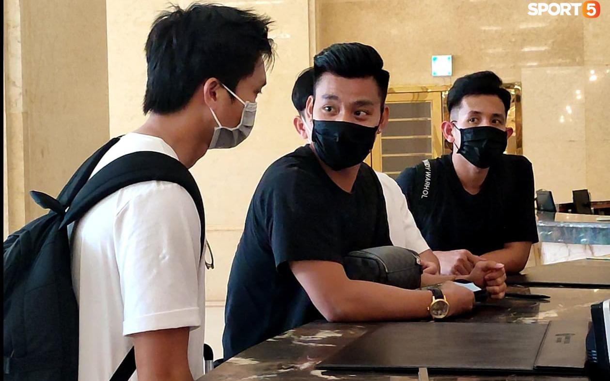 """Cầu thủ HAGL lên hội quân tuyển Việt Nam: Xuân Trường, Văn Toàn """"đánh lẻ"""""""