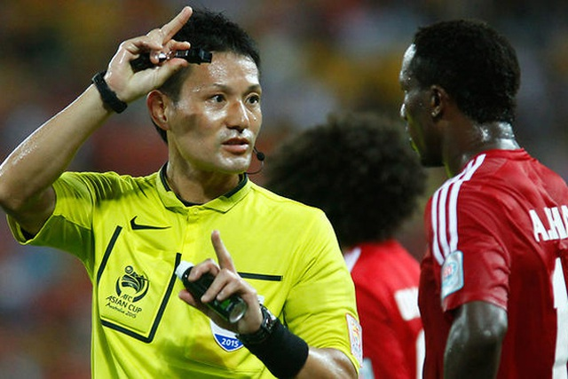 Profile trọng tài Nhật Bản bắt chính trận Malaysia vs Việt Nam: Từng đến V.League làm việc, gắn với kỷ niệm đáng quên của HLV Park Hang-seo - Ảnh 1.
