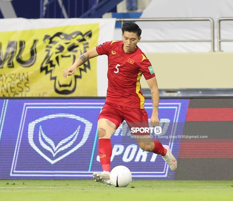 Chùm ảnh tuyển Việt Nam hân hoan với niềm vui chiến thắng Malaysia - ảnh 15