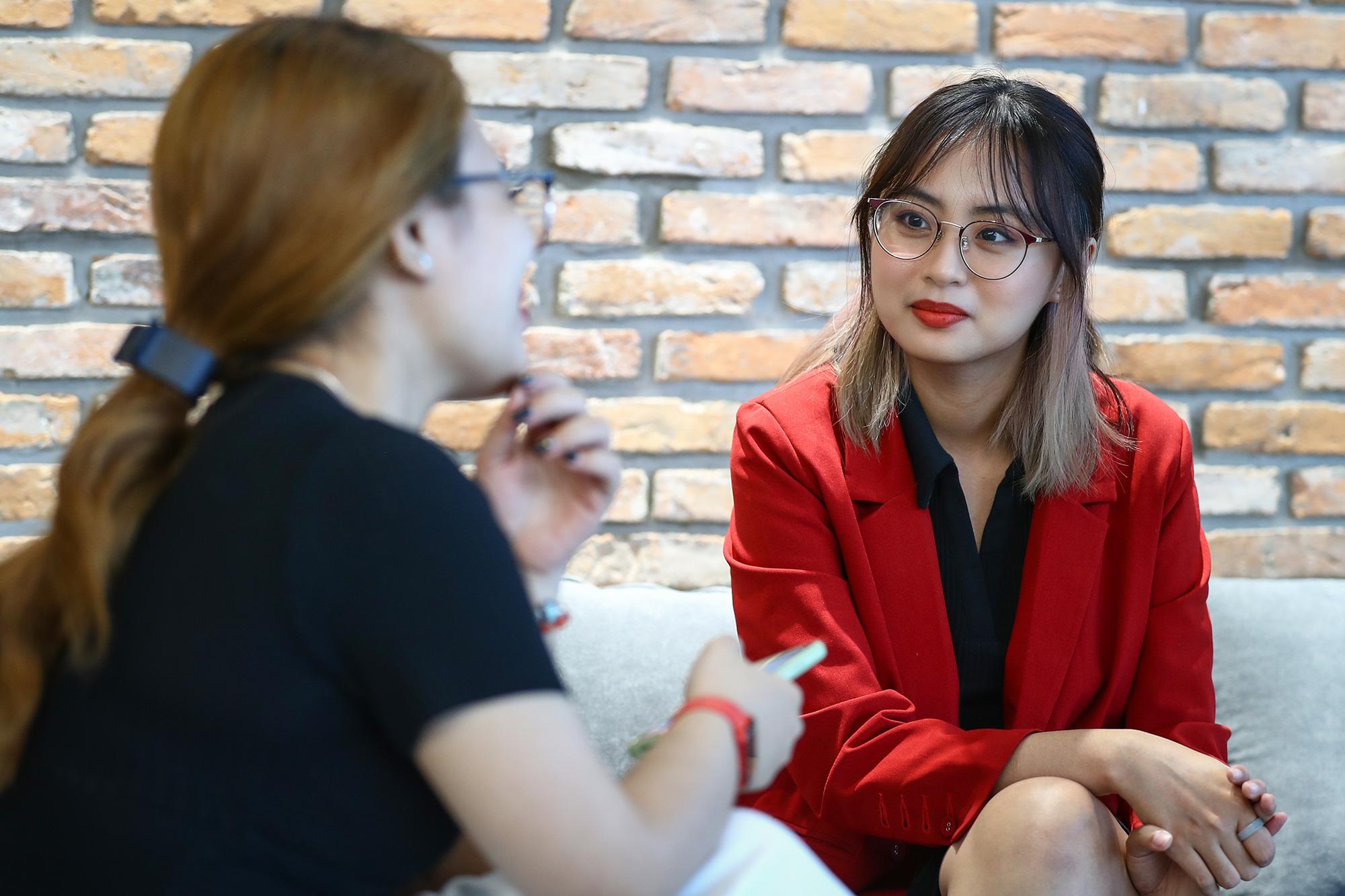 [Ngồi xuống và nghe tôi kể về Esports] Minh Nghi: Mọi người có phần khắc nghiệt với phái nữ trong giới thể thao điện tử  - Ảnh 9.