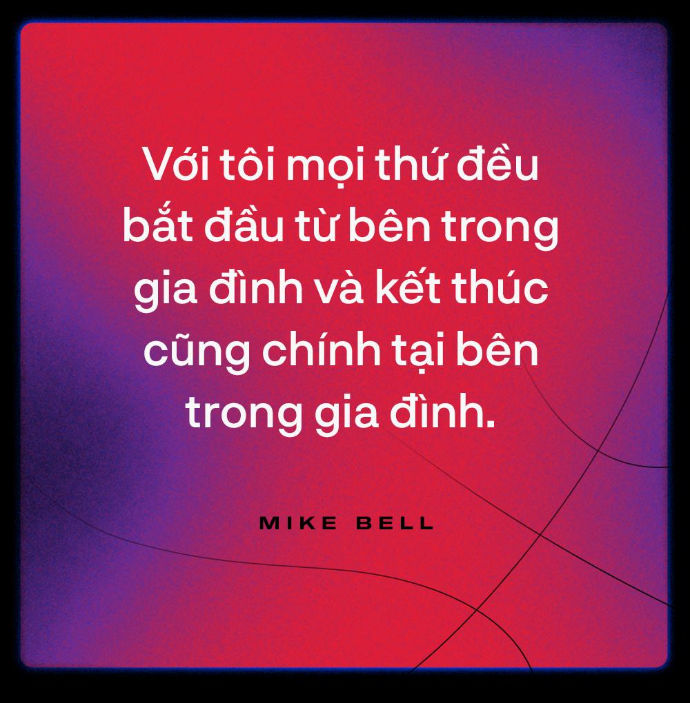 Mike Bell: Cận vệ già của Hanoi Buffaloes và hình mẫu người đàn ông chuẩn mực - Ảnh 9.