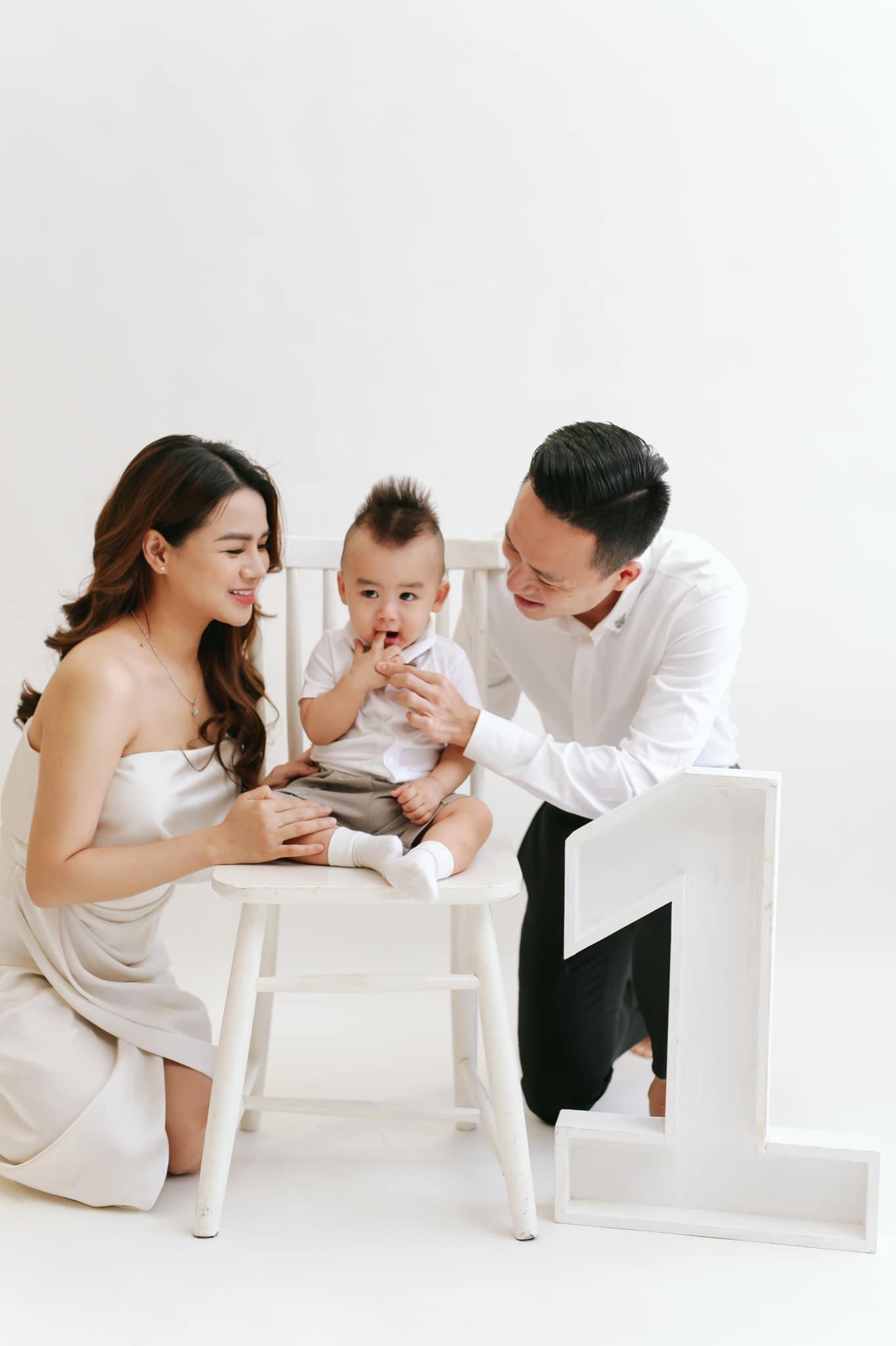 Công Phượng, Viên Minh gửi quà sinh nhật xịn sò cho con trai của Võ Huy Toàn - ảnh 4
