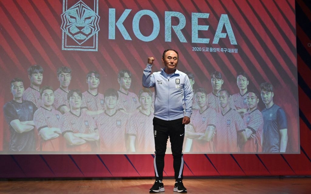 """HLV trưởng Olympic Hàn Quốc: """"Vòng tứ kết mới chỉ là sự khởi đầu. Chúng tôi giờ mới chơi theo phong cách của mình"""""""