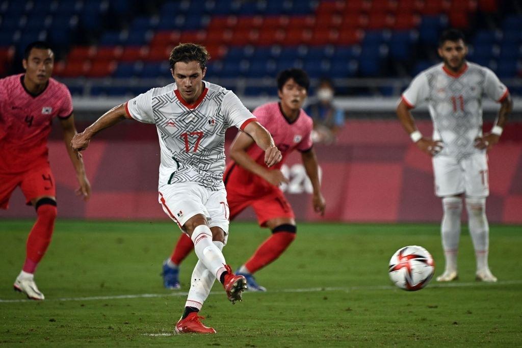 Olympic Hàn Quốc thảm bại 3-6, rơi nước mắt chia tay Thế vận hội Tokyo - ảnh 5