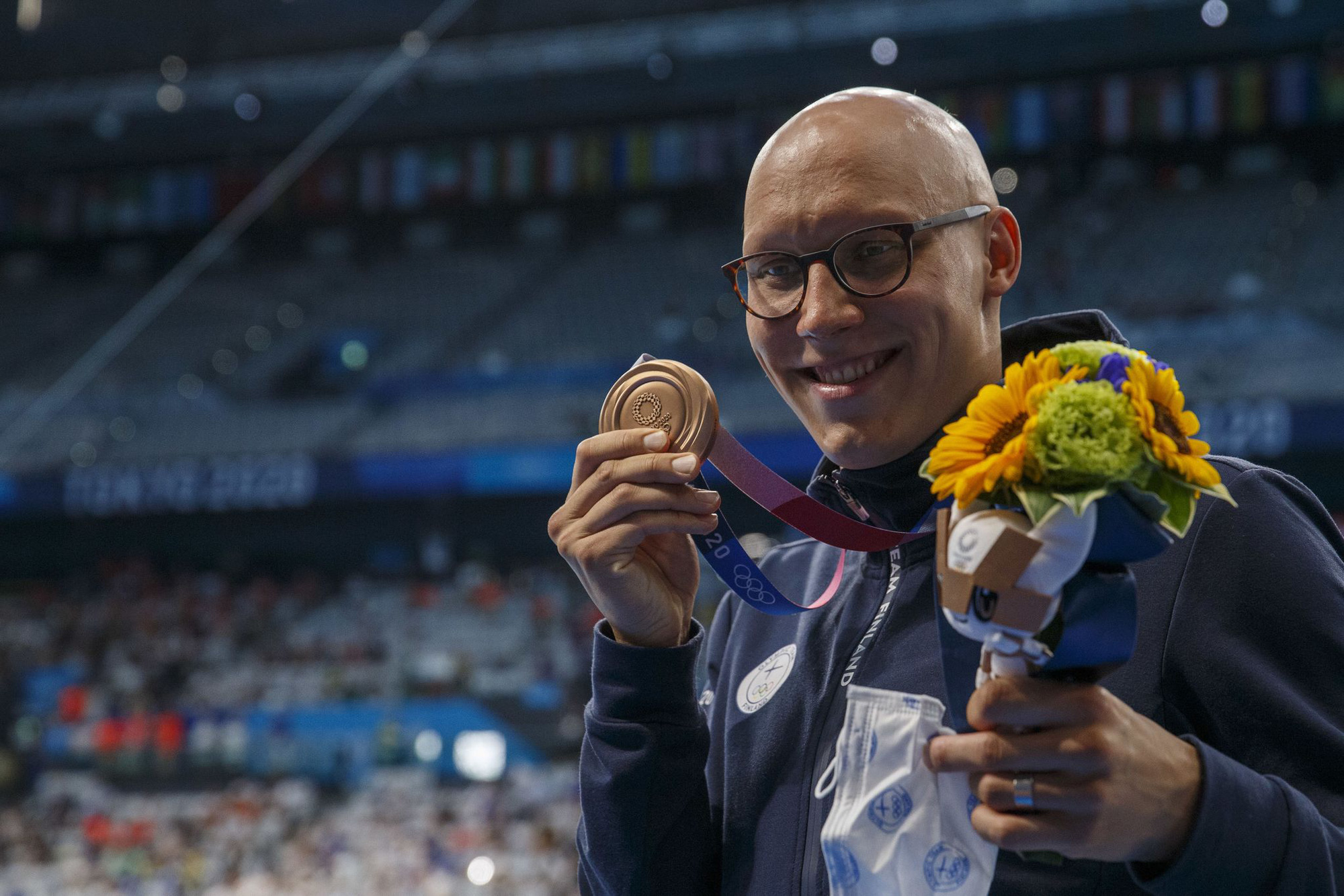 Tấm huy chương Olympic sau 101 năm và câu chuyện truyền cảm hứng của VĐV mắc bệnh hiếm khiến đầu trọc lốc - ảnh 4