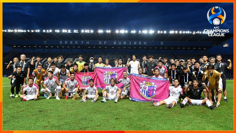 Văn Lâm đi vào lịch sử ở AFC Champions League - Ảnh 1.