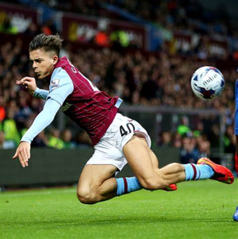 Jack Grealish - the player with the biggest calves in the football world - Photo 6.