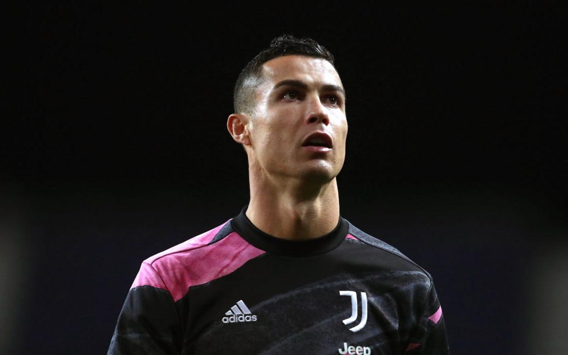 Man City đòi ký miễn phí với Ronaldo