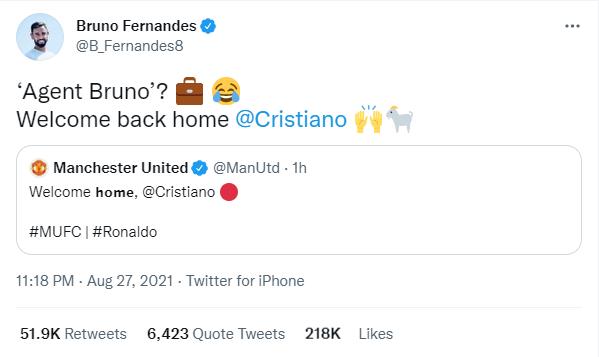 """Mở đầu là Bruno Fernandes khi anh nhận luôn là """"Người đại diện"""" mang Ronaldo trở về nhà"""