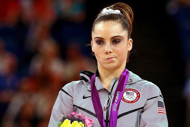Nhà vô địch Olympic tiết lộ bí mật gây chấn động thể thao Mỹ - Ảnh 2.
