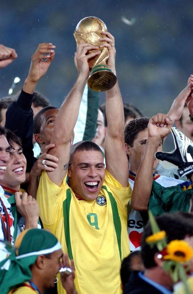 Ronaldo De Lima ủng hộ việc tổ chức World Cup 2 năm/lần - Ảnh 1.