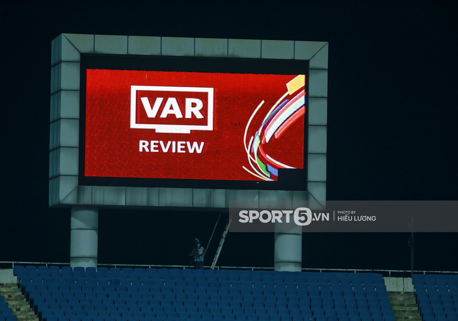 Vì sao tuyển Việt Nam chịu nhiều phạt đền nhất vòng loại World Cup 2022? - Ảnh 4.