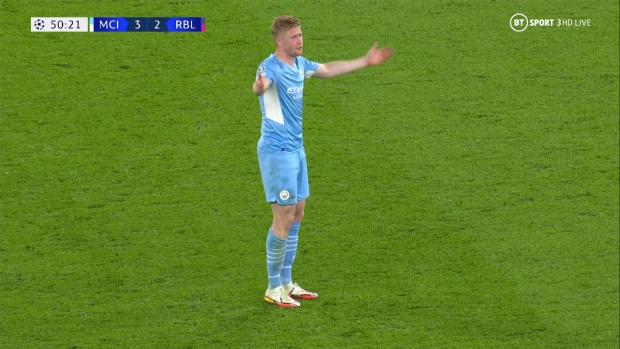 De Bruyne nổi giận vì trọng tài cản anh khiến Man City thủng lưới - Ảnh 3.