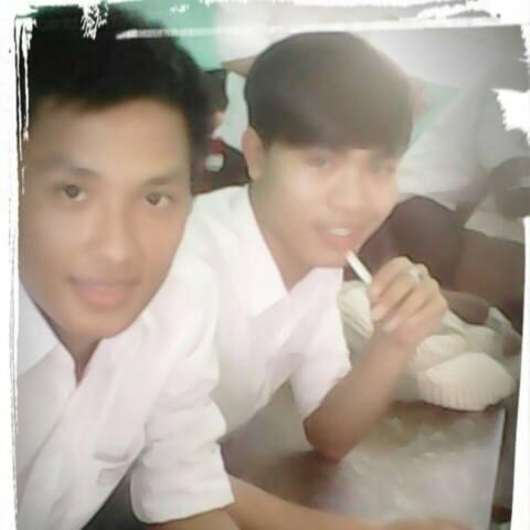 Ngắm loạt ảnh thời học sinh cắp sách đến trường của 2 người hùng futsal Việt Nam - ảnh 9