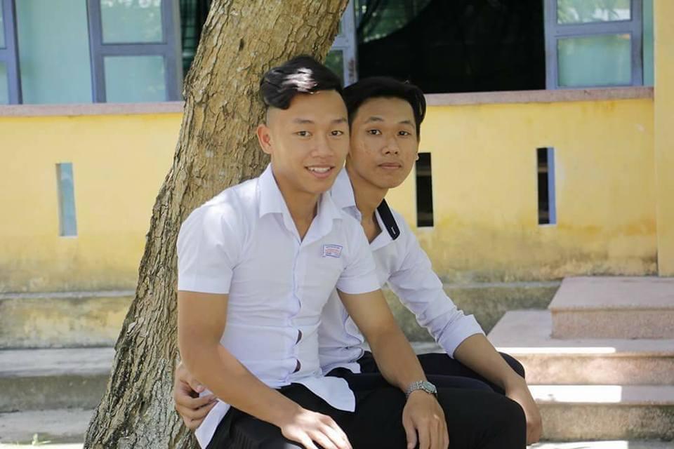 Ngắm loạt ảnh thời học sinh cắp sách đến trường của 2 người hùng futsal Việt Nam - ảnh 3