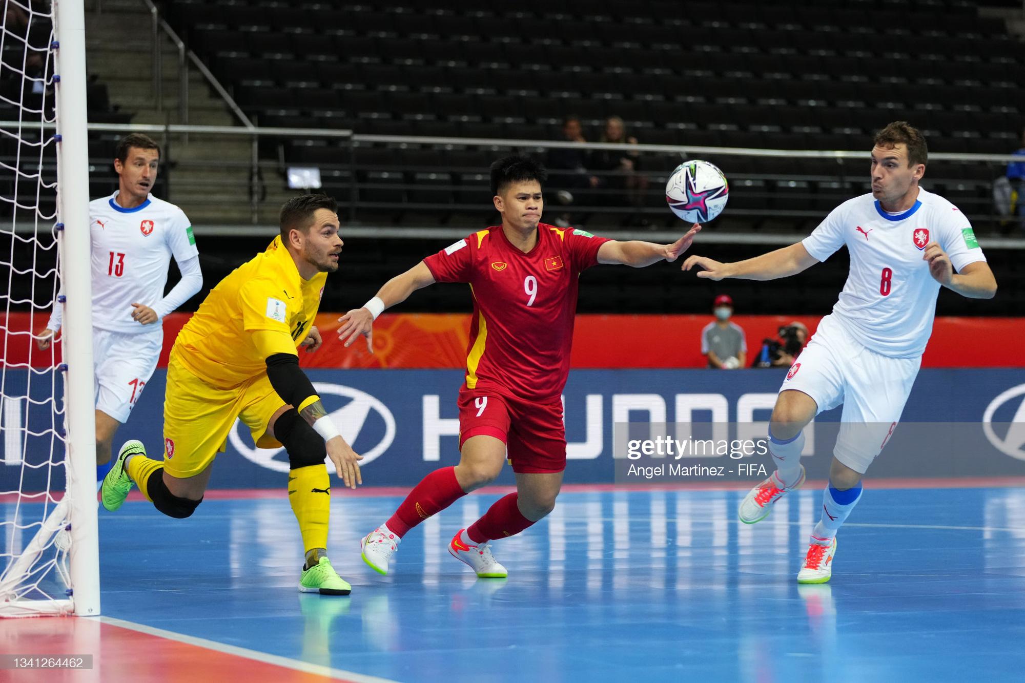 Vào đến vòng 16 đội World Cup 2021, các tuyển thủ futsal Việt Nam vẫn chỉ có lượt theo dõi khiêm tốn trên mạng xã hội - Ảnh 12.