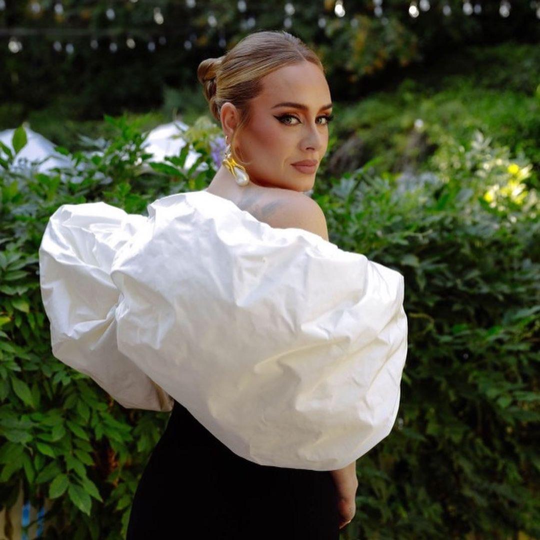 Adele công khai bạn trai trên Instagram: Người nắm trong tay vận mệnh của nhiều ngôi sao bóng rổ - ảnh 3