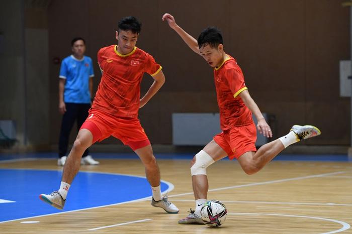 Vào đến vòng 16 đội World Cup 2021, các tuyển thủ futsal Việt Nam vẫn chỉ có lượt theo dõi khiêm tốn trên mạng xã hội - Ảnh 13.