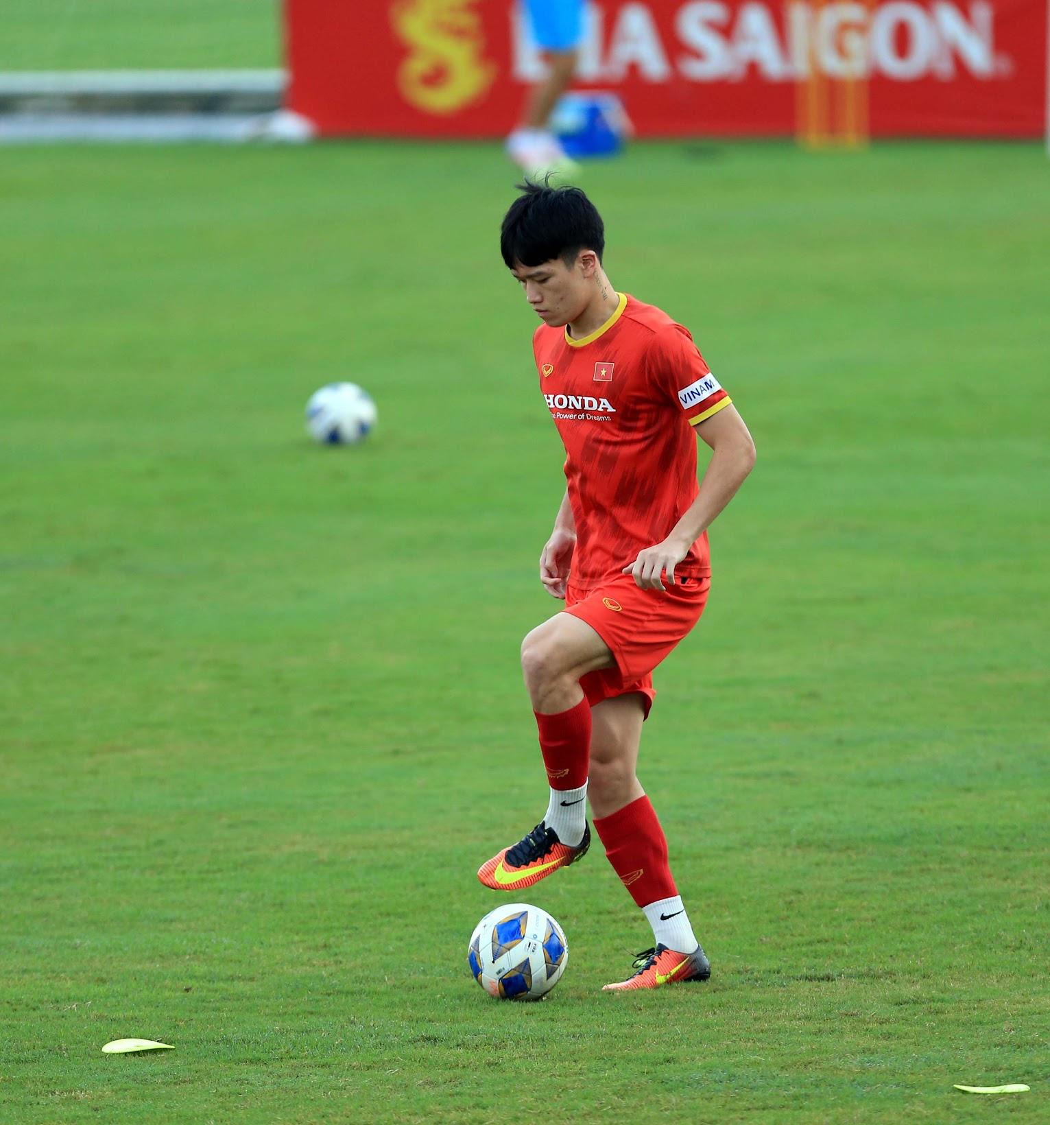 Tuấn Anh và đồng đội hào hứng khi trở thành thủ môn bất đắc dĩ cho tuyển Việt Nam - ảnh 28