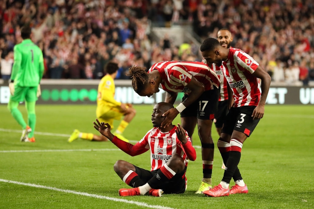 Lượt trận kỳ lạ: Nối gót MU và Chelsea, Liverpool cũng chơi trò sẩy chân khi đối đầu tân binh - ảnh 17