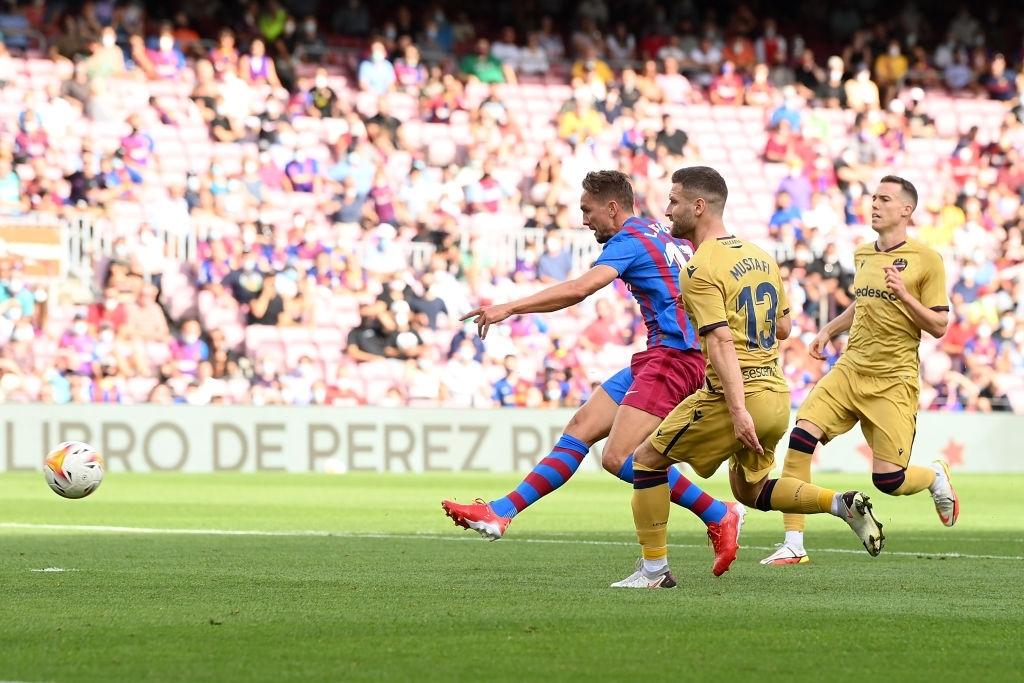 Truyền nhân của Messi trở lại và ghi bàn, Barcelona thắng tưng bừng sau chuỗi ngày u ám - Ảnh 4.