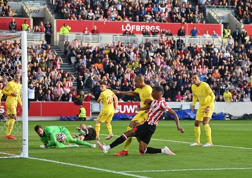Lượt trận kỳ lạ: Nối gót MU và Chelsea, Liverpool cũng chơi trò sẩy chân khi đối đầu tân binh - ảnh 5