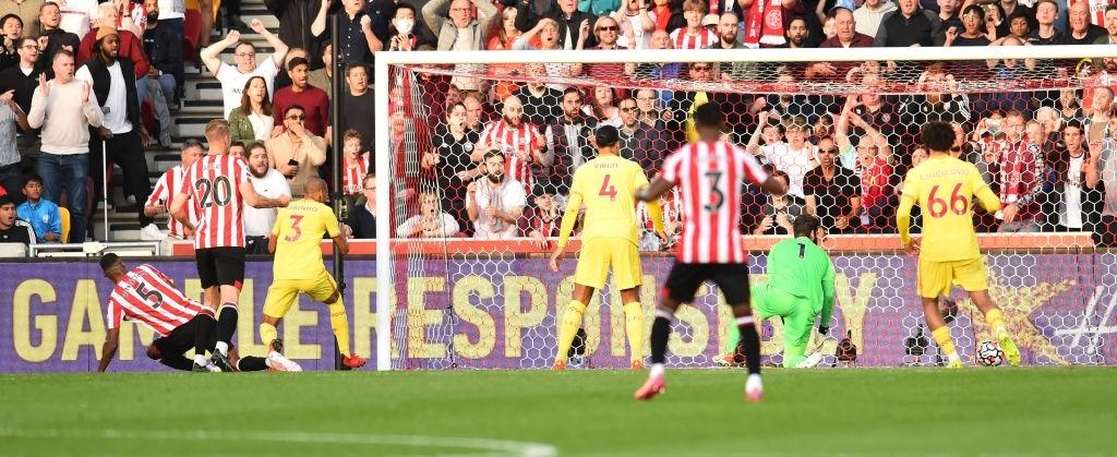 Lượt trận kỳ lạ: Nối gót MU và Chelsea, Liverpool cũng chơi trò sẩy chân khi đối đầu tân binh - ảnh 6