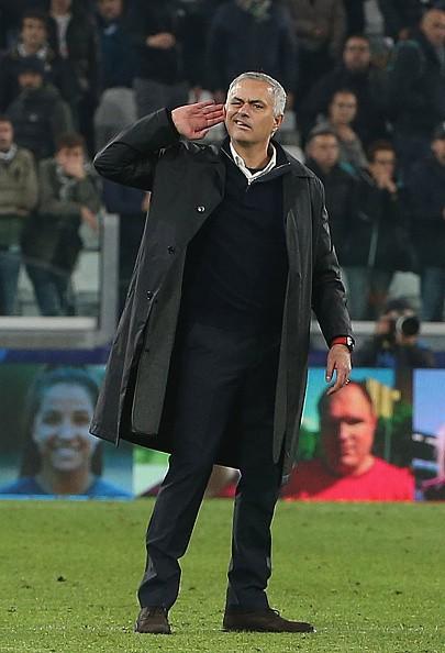 Mourinho lý giải nguyên nhân khiêu khích CĐV Juventus - Ảnh 1.