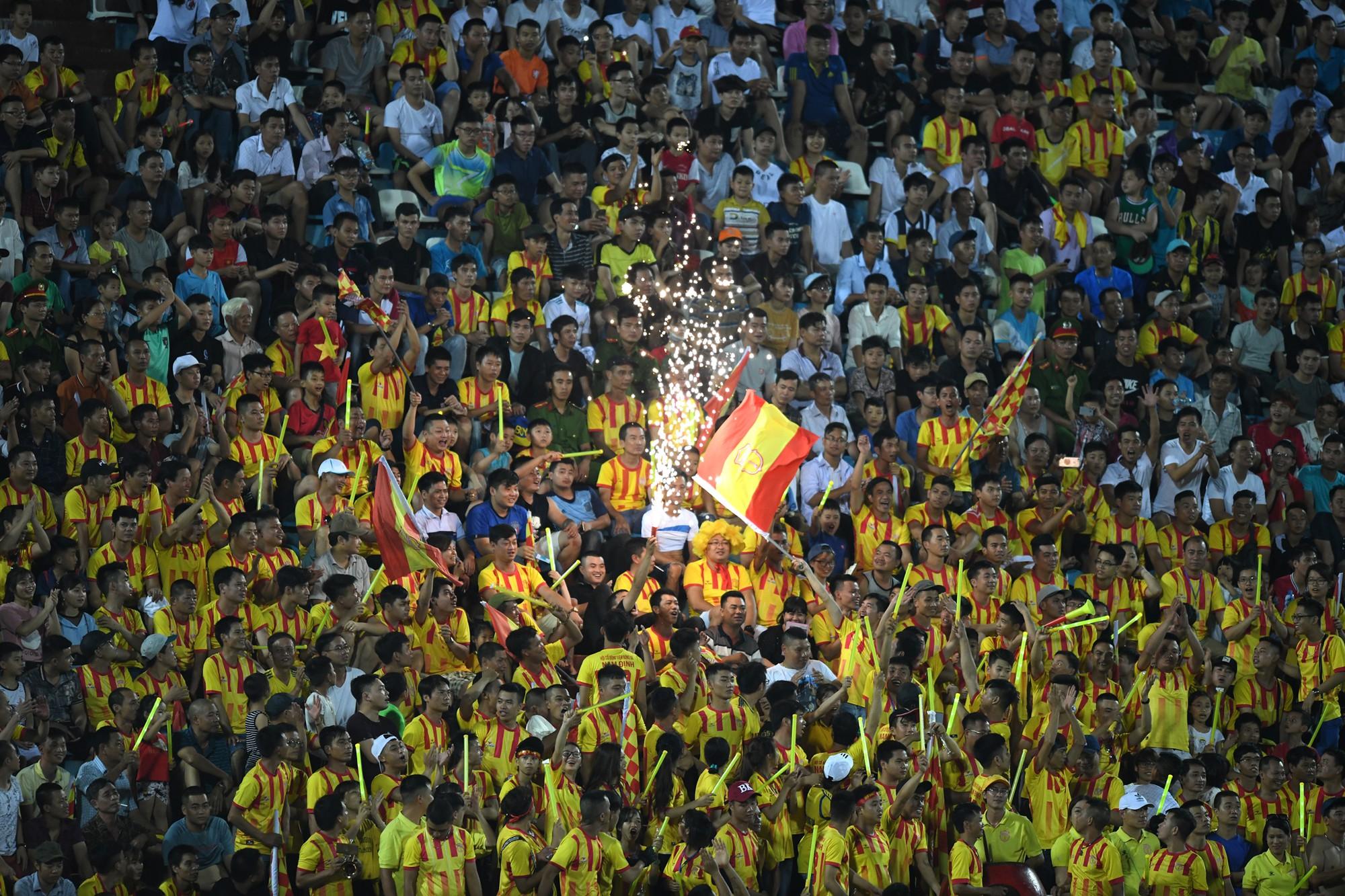 Hội CĐV Nam Định không được cấp phép tổ chức khu Fanzone ở vòng đấu 20 V-League - Ảnh 1.